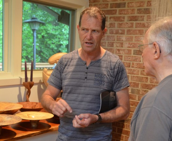 Neil Turner discusses the finer points of woodturning with our DC host Phil Brown.