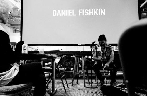 Daniel_Playing